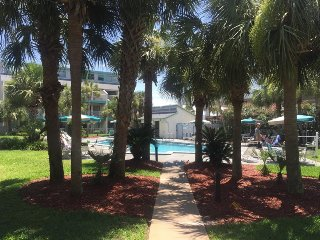 Nautical Watch Exclusion * QUIET END* new renovations - Thomas Drive vacation rentals