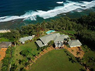 Luxury 5 BR Estate Over Beach W/ Huge Views, Pool, Hot Tub & Steam Room. - Kilauea vacation rentals
