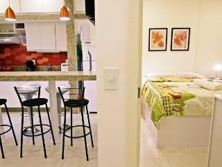 Beautiful and renovated apartment in Copacabana for up to 5 people U033 - Ipanema vacation rentals