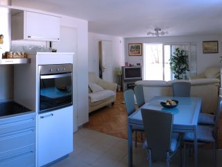 2 bedroom Apartment with Internet Access in Rab Town - Rab Town vacation rentals