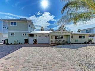 4 bedroom House with Deck in Anna Maria - Anna Maria vacation rentals