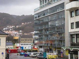 Bergen City Center Modern Apartment Pro Handled 1BR 60m2 - Bergen vacation rentals