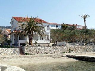 Spacious two bedroom apartment in Barbat - Barbat vacation rentals