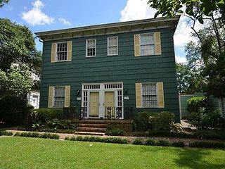 Trustees Garden Treasure #2 SVR00414 - Savannah vacation rentals