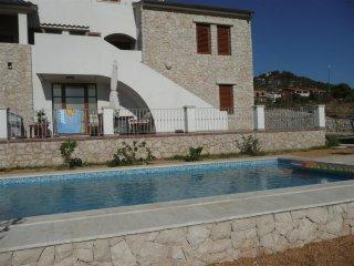Apartments Pende - A/2+1 (ET7613-2) - Supetarska Draga vacation rentals