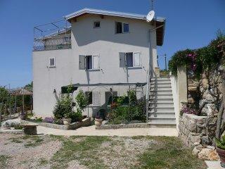 Warm two bedroom apartment in Lopar - Lopar vacation rentals