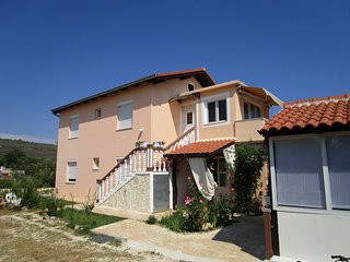 Classic two bedroom apartment in Sukošan - Sukosan vacation rentals