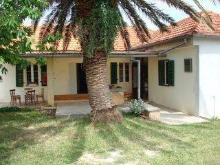 Traditional holiday home in Sukošan near Zadar - Sukosan vacation rentals