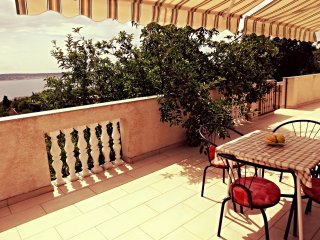 Nice 2 bedroom Seline Apartment with Internet Access - Seline vacation rentals