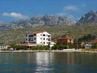Lovely 2 bedroom Apartment in Seline with Internet Access - Seline vacation rentals