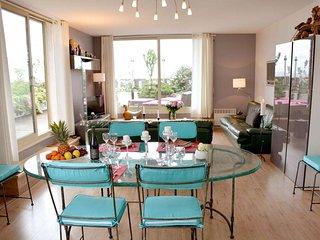 3 BR Rental with Terrace at Montparnasse in Paris - Paris vacation rentals