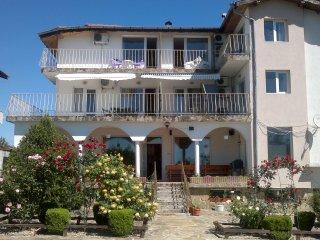 Spacious 9 bedroom House in Byala - Byala vacation rentals