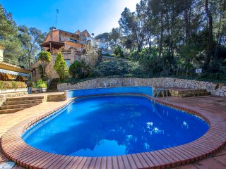 Hilltop holiday home for 10 guests in Blanes, only 3km to the beach! - Blanes vacation rentals