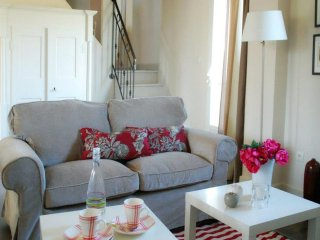 """Les Cyprès"", (10 pers: 6 ad + 4 kids), WIFI, Air-cond, BBQ, Bikes, Pool - Caderousse vacation rentals"