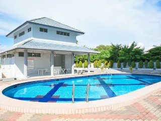 Food Tourism Condo - Twin Room - Klebang Kechil vacation rentals