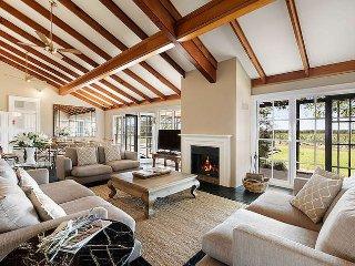 The Residence at Tinonee Vineyard Estate - Broke vacation rentals