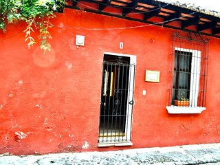 1 bedroom Condo with Internet Access in Antigua Guatemala - Antigua Guatemala vacation rentals