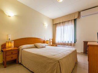 Hostal Buenos Aires - 104 - Superior Double Room - Tremp vacation rentals