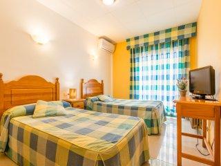 Hostal Buenos Aires - 203 - Superior Twin Room - Tremp vacation rentals