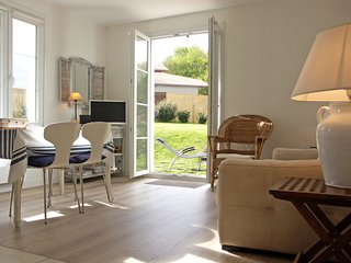Appartment Ihi-Toki, sunny garden apartment in a breathtaking location - Saint-Pee-sur-Nivelle vacation rentals