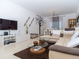 Bold Apartment, Ferragudo, Algarve - Ferragudo vacation rentals