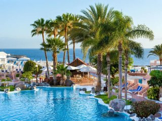 Perfect Condo with Internet Access and A/C - Costa Adeje vacation rentals