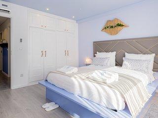 BOUTIQUE Rentals - Provence Apartment - Porto vacation rentals