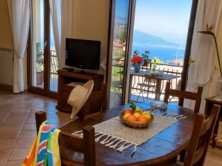 Apartment Bay: in Sorrento Coast, downtown, with sea view, FREE parking & wi-fi - Sant'Agata sui Due Golfi vacation rentals