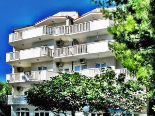 Candy Fis - Apartment 3 (1301-6) - Omis vacation rentals
