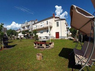 Antique three bedroom apartment in Poreč - Porec vacation rentals