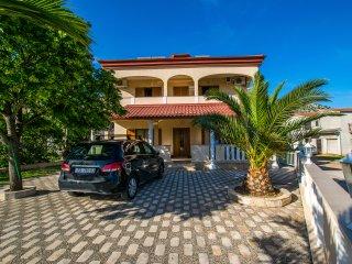 Warm two bedroom apartment in Starigrad - Starigrad-Paklenica vacation rentals