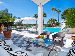 Nice 5 bedroom Bendinat Villa with Internet Access - Bendinat vacation rentals