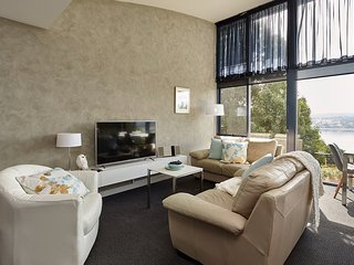 Tamar River Apartments - Vines Luxury 1 Bed - Rosevears vacation rentals
