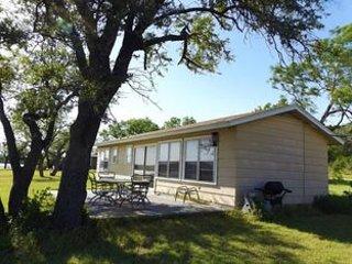 Cute Lakefront Cottage on Possum Kingdom Lake - Breckenridge vacation rentals