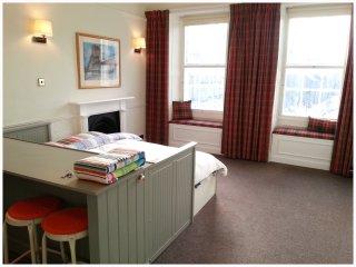 Angus Studio, Grassmarket - Edinburgh vacation rentals