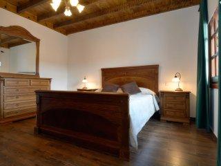 Beautiful 3 bedroom Villa in San Bartolome with Internet Access - San Bartolome vacation rentals