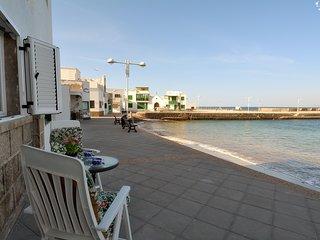 Top Famara Beach First Line 83 - Caleta de Famara vacation rentals