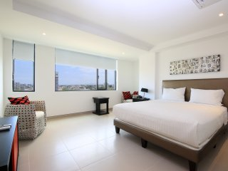2 Bedrooms - Middle Front (Ocean) View Condos - Manta vacation rentals