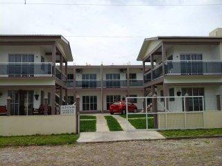 Cozy 2 bedroom Condo in Passo de Torres - Passo de Torres vacation rentals