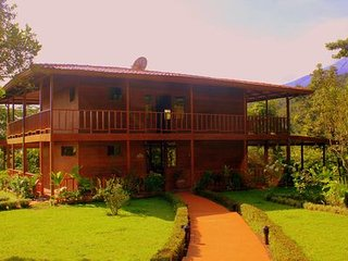 Highly Recommended!!  Secluded Guest Privacy Yet Central To All Activities - La Fortuna de San Carlos vacation rentals