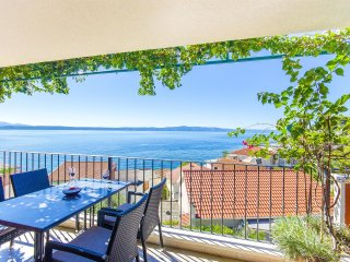 Nice Studio with Internet Access and Microwave - Podgora vacation rentals