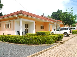 Comfortable 2 bedroom Condo in Entebbe - Entebbe vacation rentals