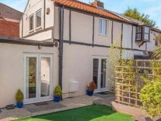 Nice House with Deck and Central Heating - Cleethorpes vacation rentals