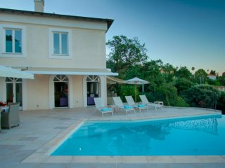 Luxurious Cannes Villa With Sea View 7BR 225m2 - Vallauris vacation rentals
