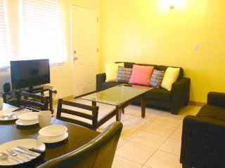 Cozy 2 bedroom Apartment in Tamuning with Internet Access - Tamuning vacation rentals