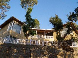 5 bedroom Villa with Internet Access in Bhimtal - Bhimtal vacation rentals