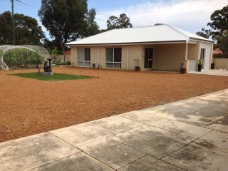 Nice Cottage with Internet Access and A/C - Perth Hills vacation rentals