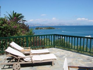 Villa Marlina II, Waterfront, Pool and Beach - Kommeno Bay vacation rentals
