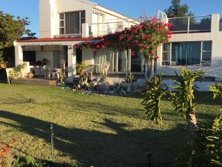 Bright House in Saint Helena Bay with Internet Access, sleeps 8 - Saint Helena Bay vacation rentals