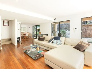 Location, Location -  2 bedroom Clovelly Townhouse - Clovelly vacation rentals